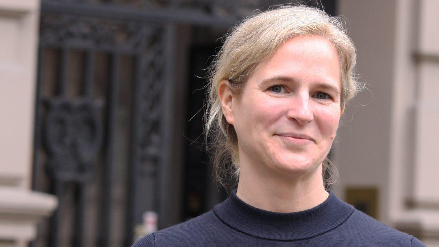 Jessica Lönn-Stensrud - Universitetsforlaget - Bakterienes forunderlige verden