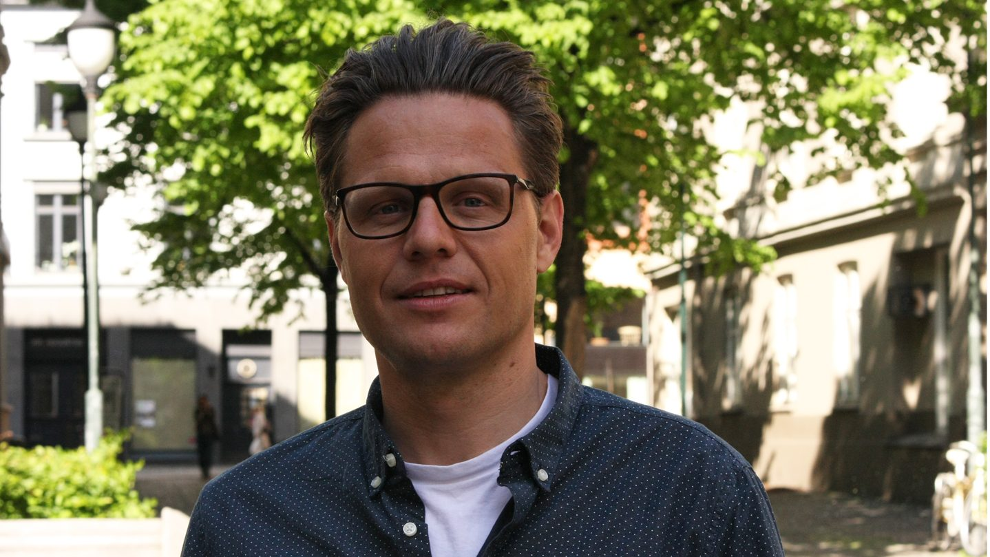 Vidar Enebakk - Nytt norsk tidsskrift - Universitetsforlaget